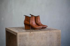 Glenn ankle boots dark camel