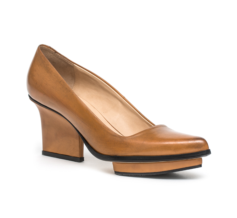 Anne platform pumps dark camel
