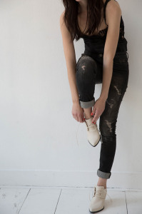 Joan lace-ups cream