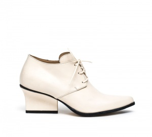 Joan lace-ups cream