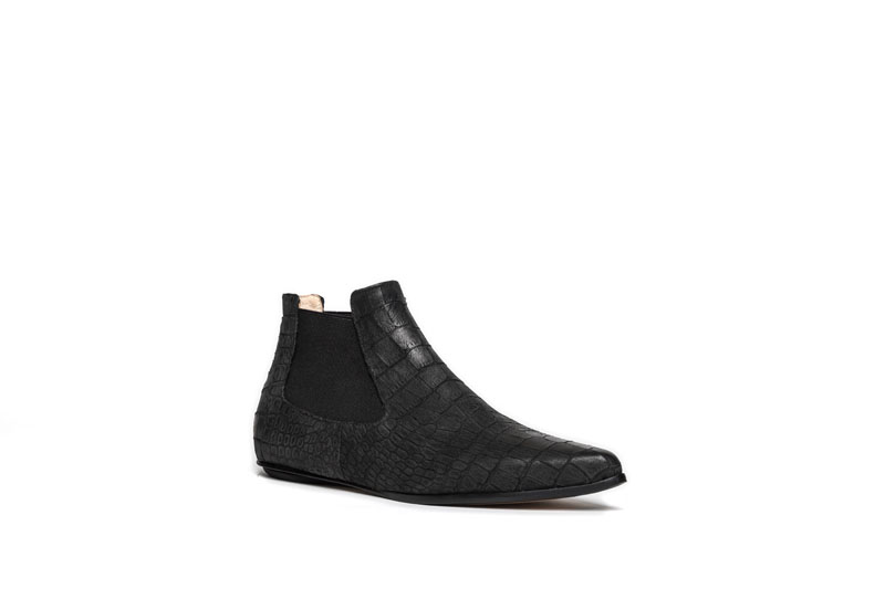 Niki chelsea boots black croco