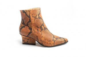 Ryan ankle boots camel python