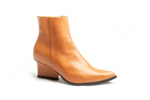 Ryan ankle boots camel angle view