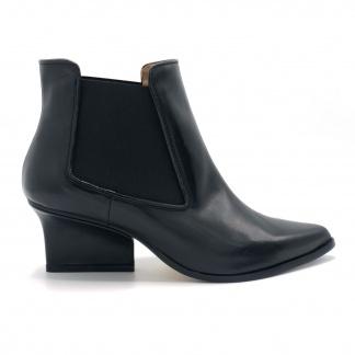 Nena chelsea boots black